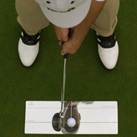Using a putting mirror